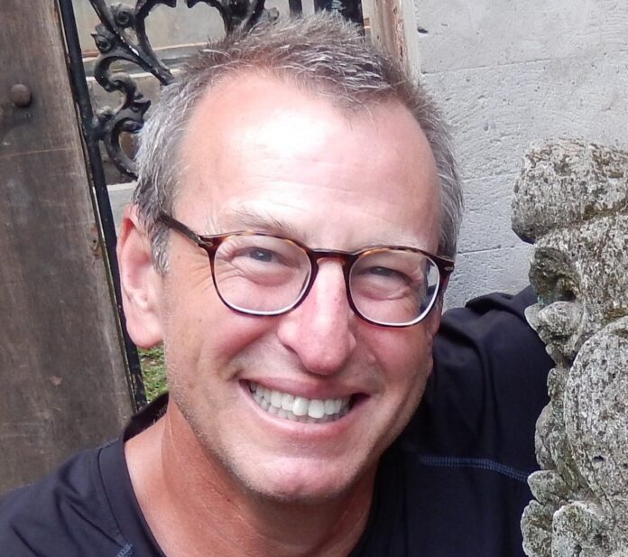 Dr Michael Burg